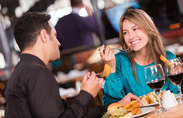 15 Questions To Ask On A First Date