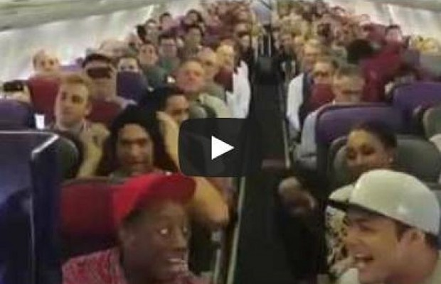 The Lion King Cast Entertains Airplane Passengers